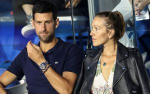 Djokovic cùng vợ nhiễm covid 19