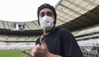 Ronaldinho - Từng là tượng đài bóng đá một thời giờ đây hoàn cảnh thân tàn ma dại khiến thế giới bóng đá đảo điên