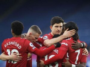 Thiếu vắng các cầu thủ do chấn thương, Liverpool lo lắng tìm trung vệ mới