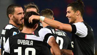 Thực hư câu chuyện C.Ronaldo bị HLV Pirlo thay ra sân sớm