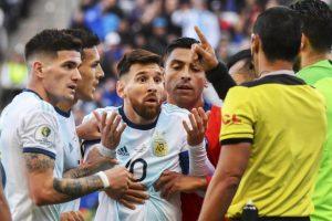 Tin đồn Messi bị tự kỷ